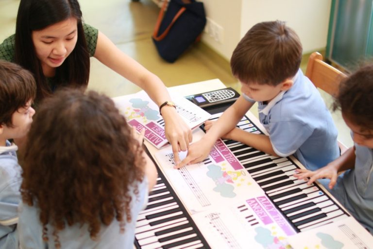 Teaching Piano To Children – 5 Effective Teaching Tips