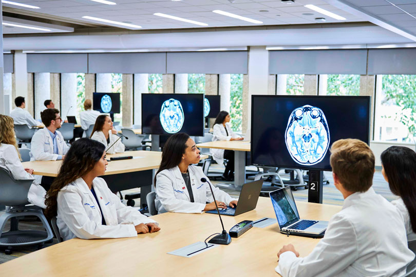 US Medical School Using the Latest Technology for Increased Healthcare Standards